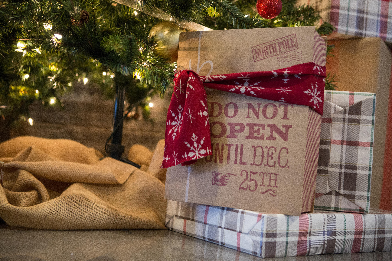 Christmas Presents (JPG)