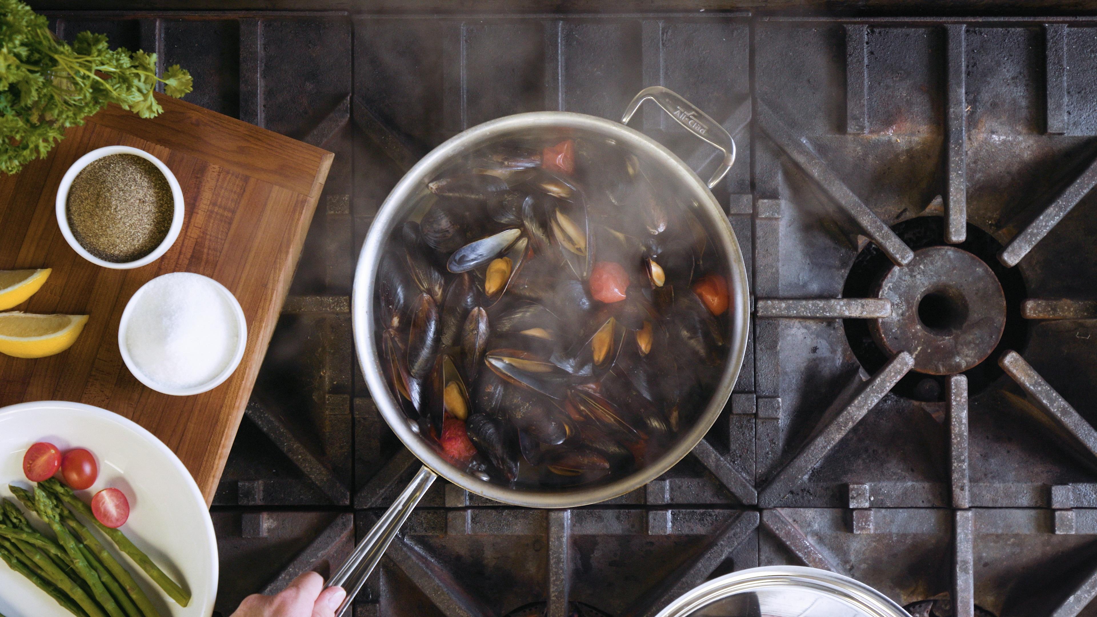 Pot of Food 02 (PNG)
